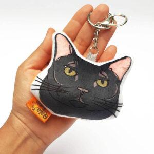 Llavero hecho a mano gato negro
