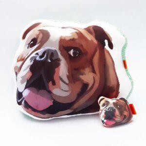 Pack Almohada Decorativa + llavero bulldog ingles
