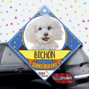 Colgante de auto de perro raza Bichon