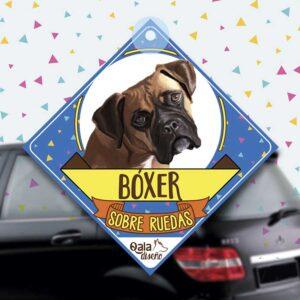 Colgante de auto de perro raza boxer