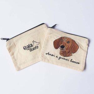 Monedero bordado salchicha dachshund