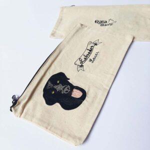 Cartuchera bordada labrador negro