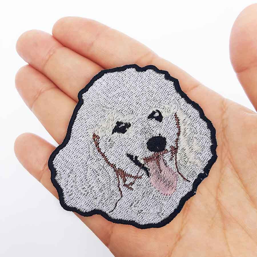 Parche Bordado poodle blanco