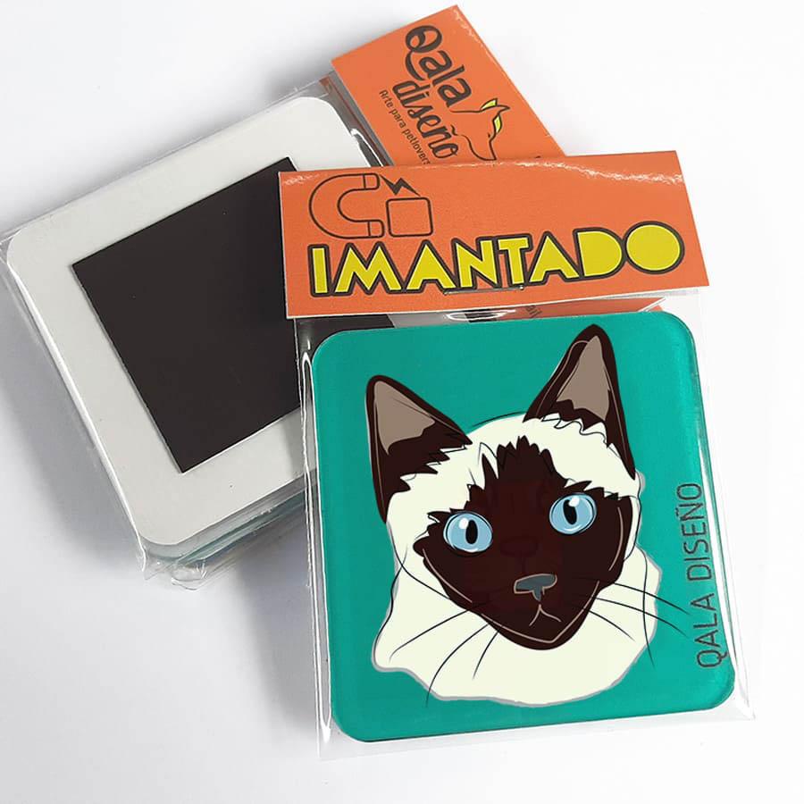 Imantado gato siamés